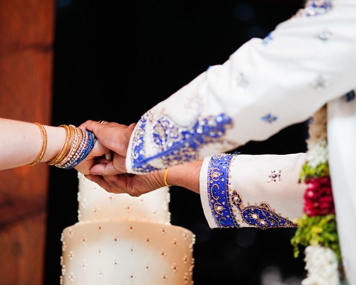 Bride and Groom Cut the Cake - Bridal Veil Lakes wedding - Portland Oregon