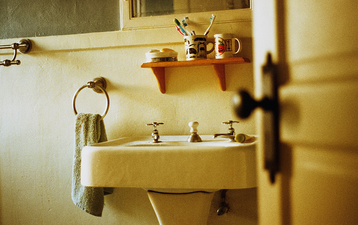 Bathroom - The Harlowe House - Portland Lifestyle Photographer