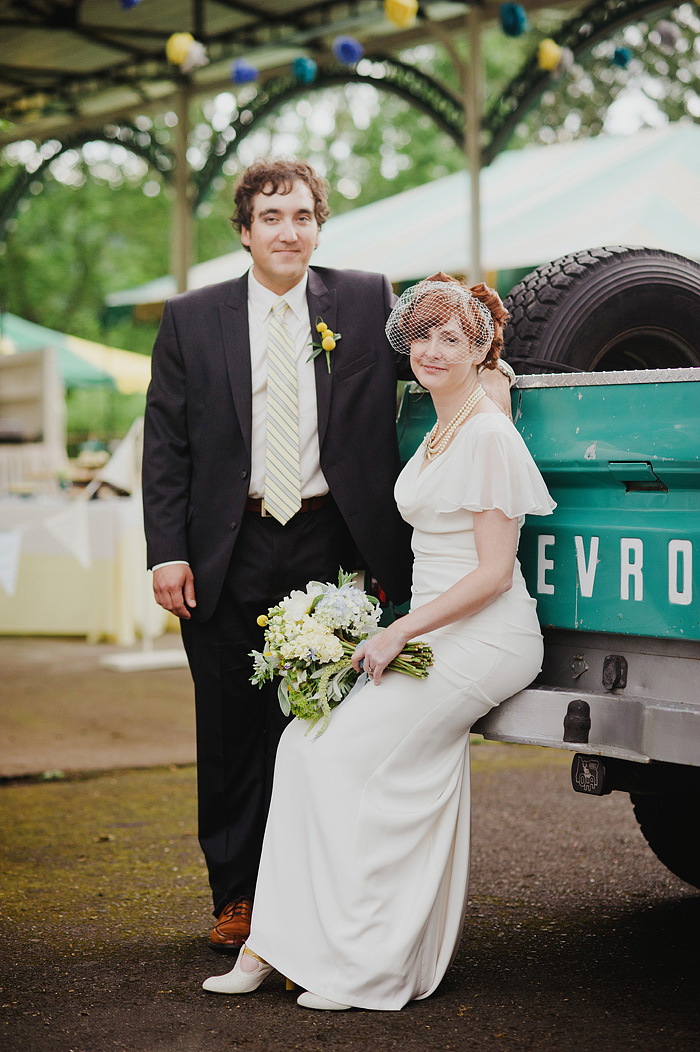 Sellwood Wedding Photographer - Oaks Amusement Park