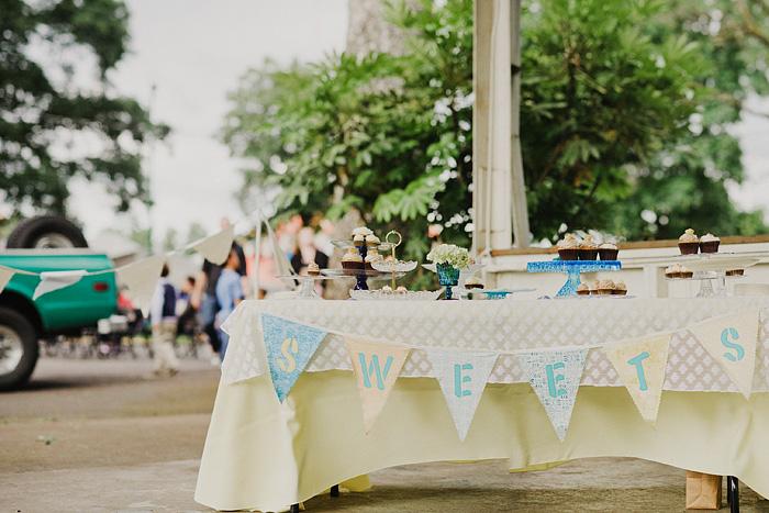 Oaks Amusement Park Wedding Reception - Cupcakes