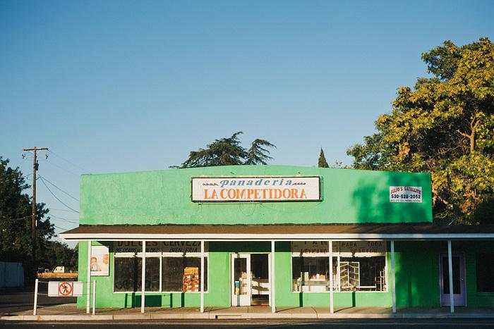 Portland Lifestyle Photographer - Panaderia La Competidora in Los Molinos, CA