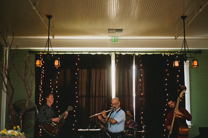 Redding Wedding Photographer - McCloud Mercantile Inn - Live Jazz Band