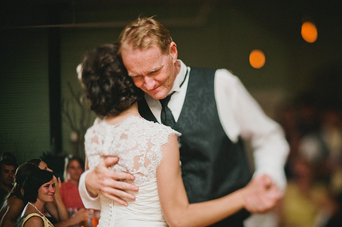 Portland Wedding Photographer - McCloud Mercantile Inn - First Dance