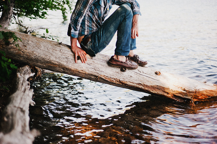 Portland Lifestyle Photographer - Sitting by the river at Lost Lake