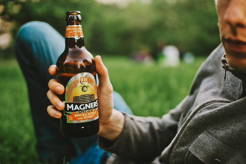 Paris wedding photographer - Enjoying Magner's Hard Cider in the Belleville park