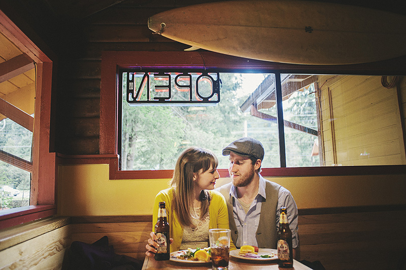 Portland Honeymoon Photographer - Karen & Josh eating at Wraptitude in Mt Hood, OR