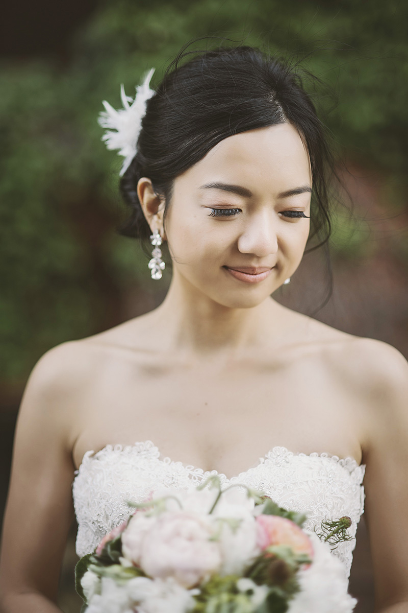Oregon Wedding Photographer - Portrait of the bride and bouquet