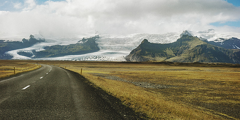 Iceland Wedding Photographer - View of Vatnajökull from the Ring Road