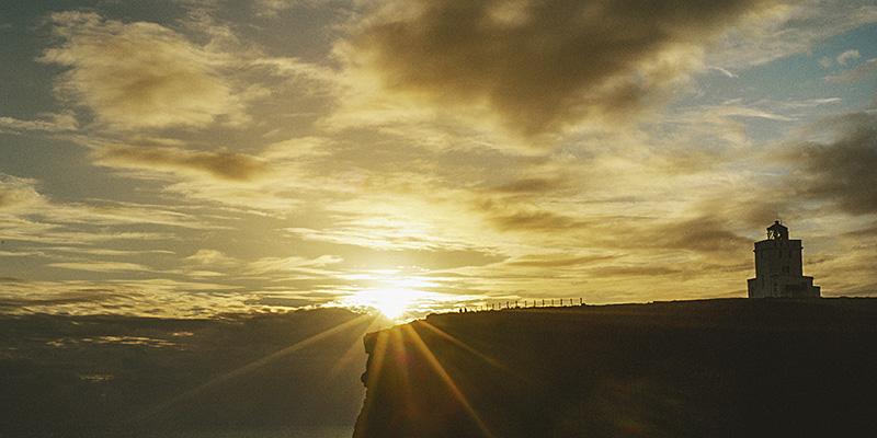 Iceland Wedding Photographer - Sunset at the Lightouse on Dyrhólaey