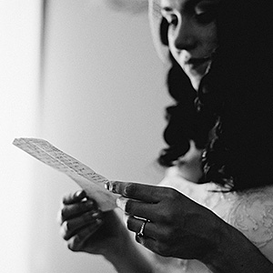 Violet reading her vows - Humboldt Wedding Photographer