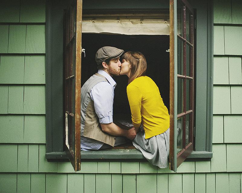 Mt Hood Wedding Photographer - Karen and Josh smooching
