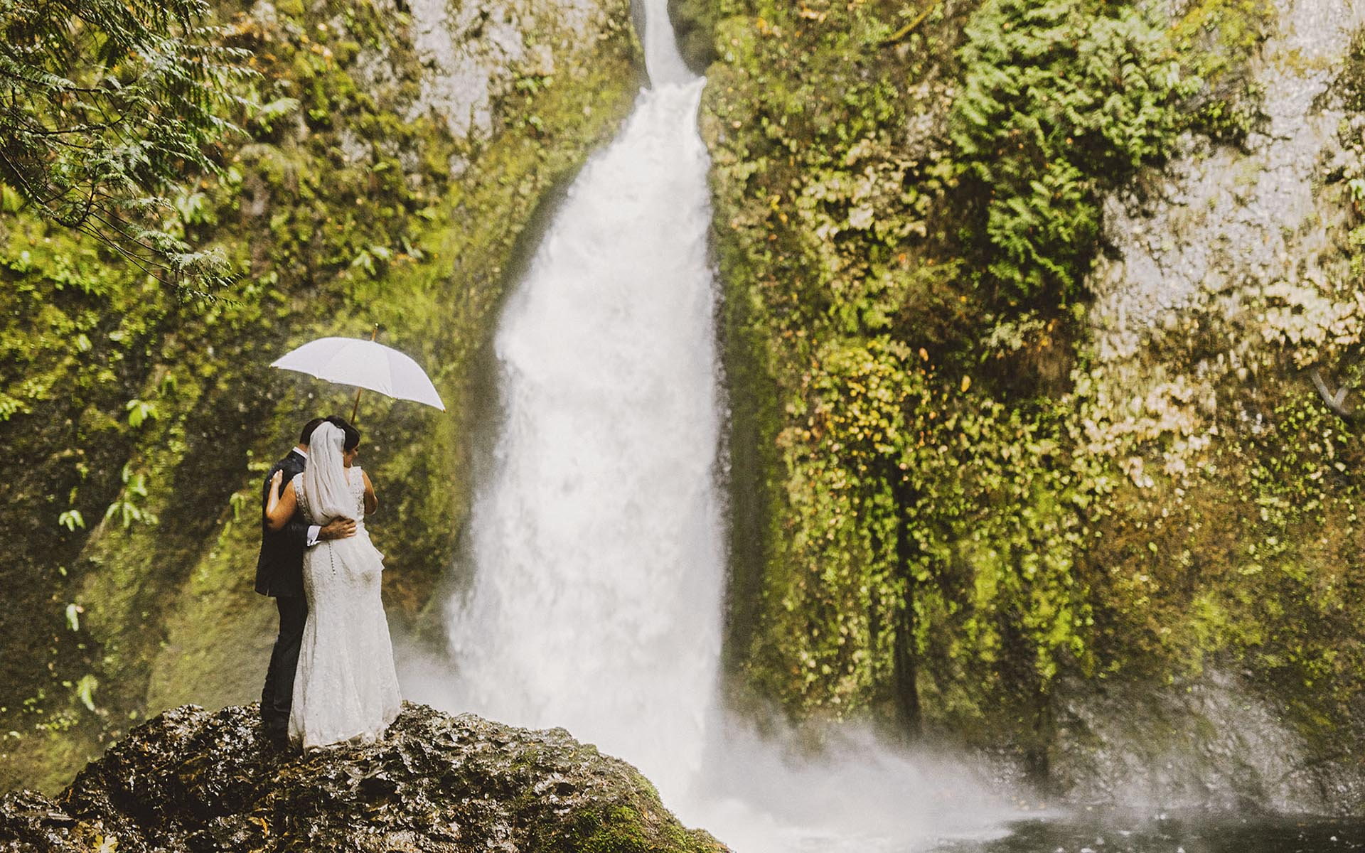 Melanie and Callen's Wahclella Falls Elopement | Portland Wedding Photographer