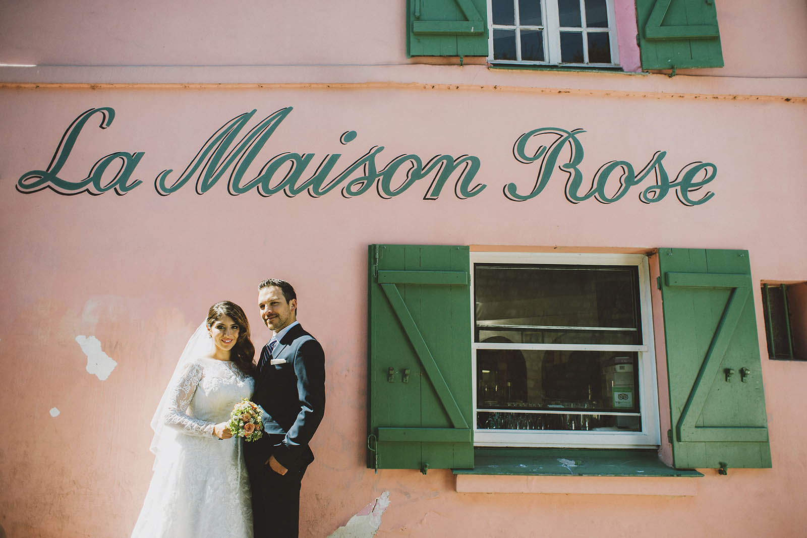 Portraits next to La Maison Rose | Springtime Paris Elopement at Parc des Buttes Chaumont