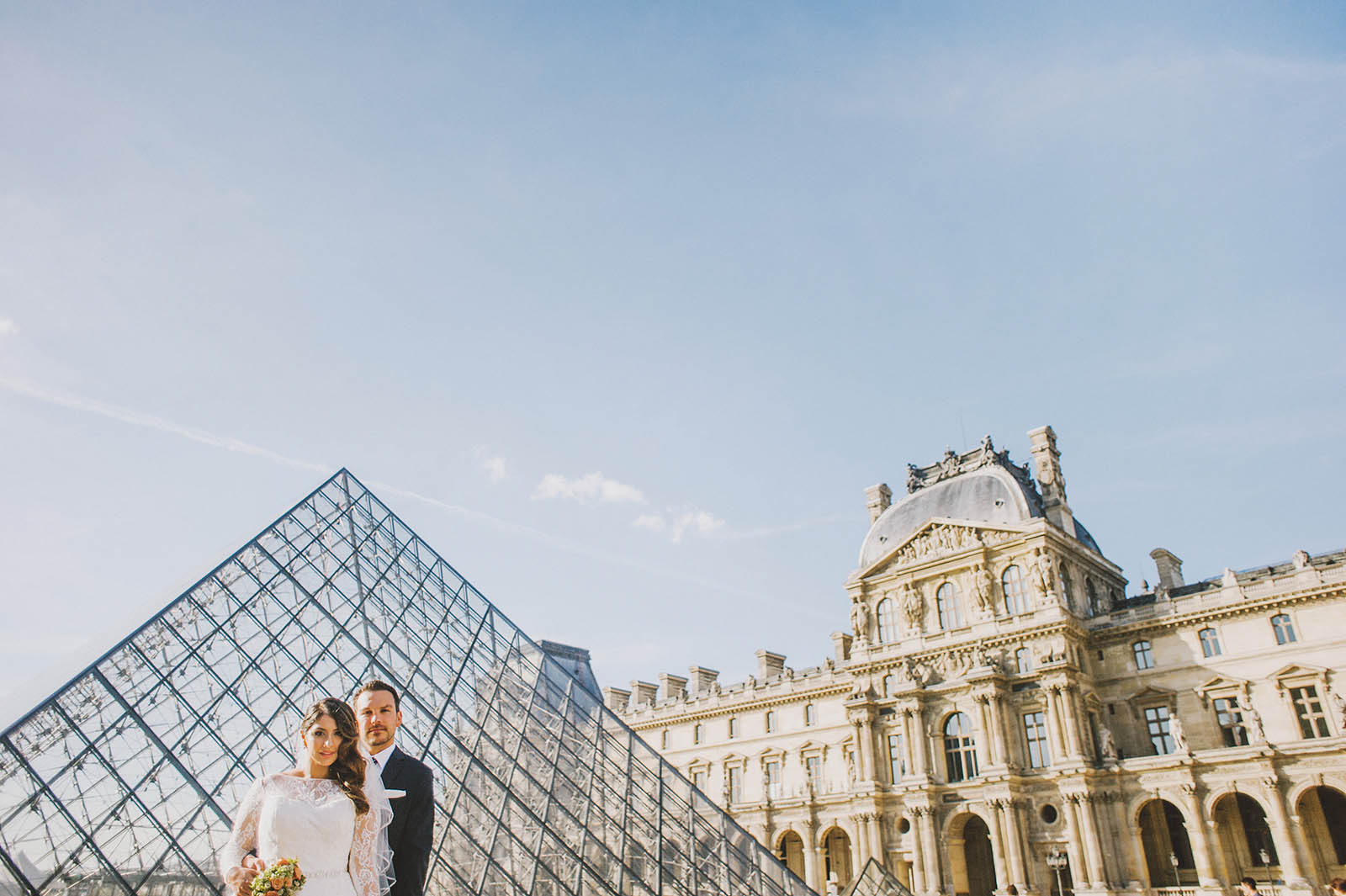Portraits at the Louvre | Springtime Paris Elopement at Parc des Buttes Chaumont