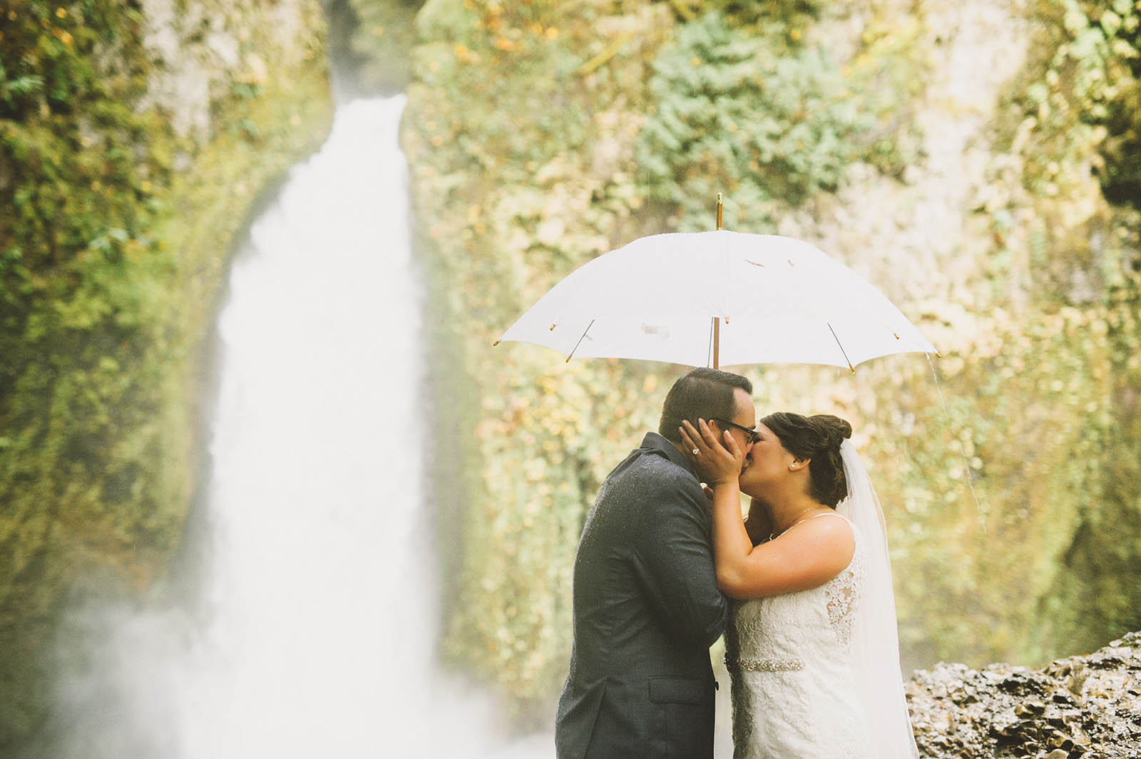 First Kiss | Wahclella Falls Elopement