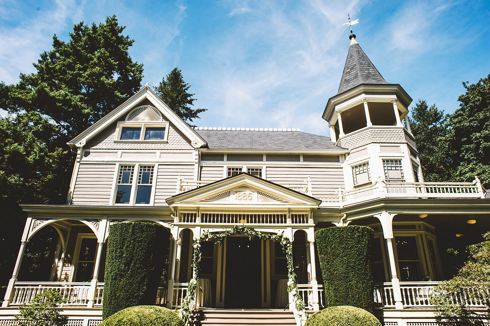 The Marshall House | Fort Vancouver Wedding in Washington