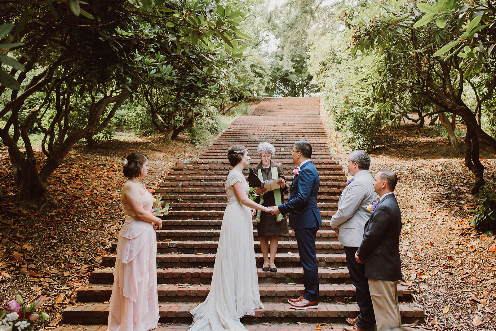 Ceremony on the stairs in Laurelhurst Park | Downtown Portland Elopement
