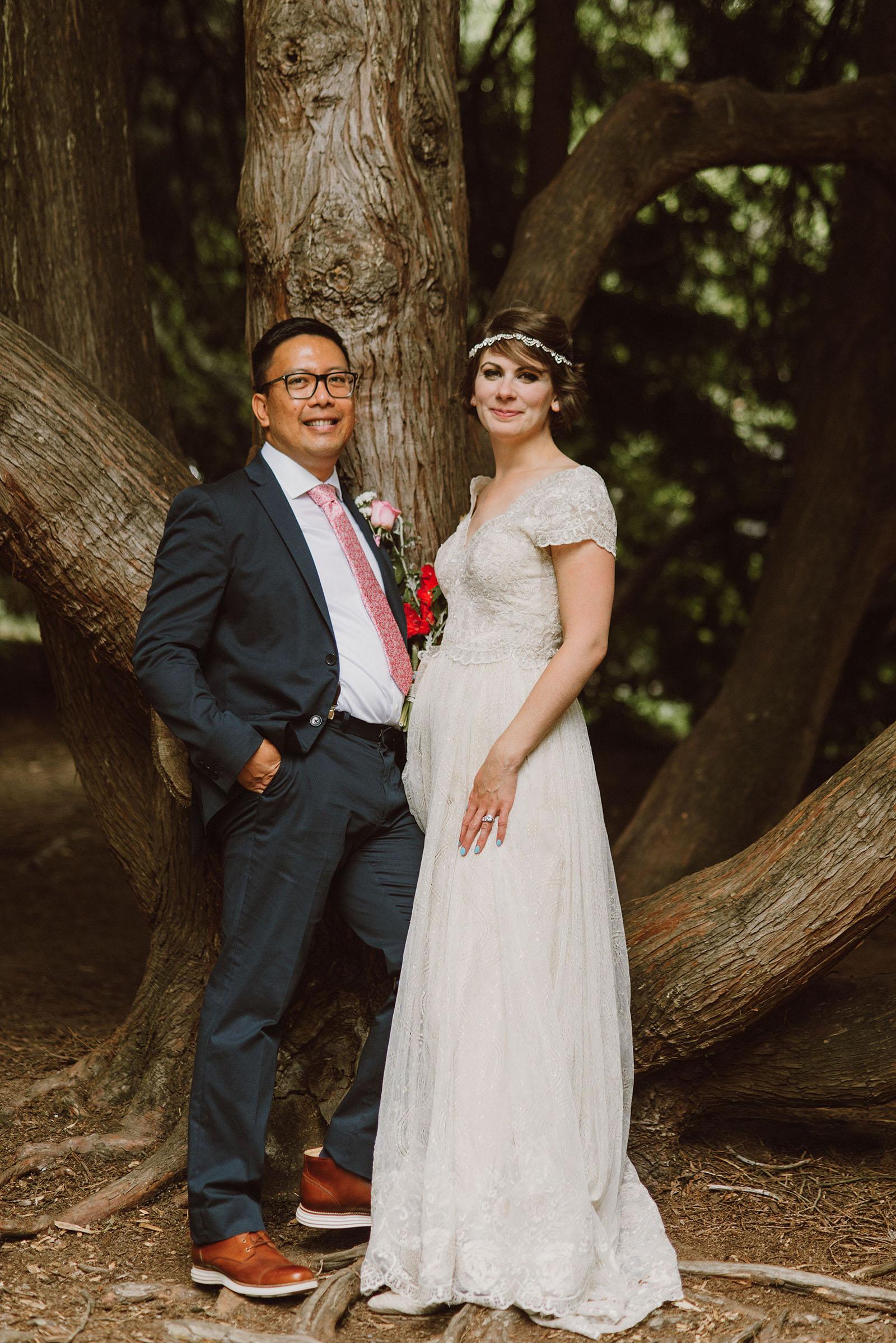 Bride and Groom portraits in Laurelhurst Park | Downtown Portland Elopement