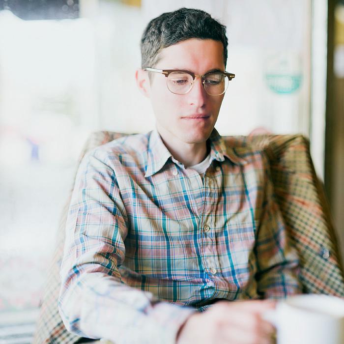 Portland Portrait Photographer - Anna Banana's Cafe