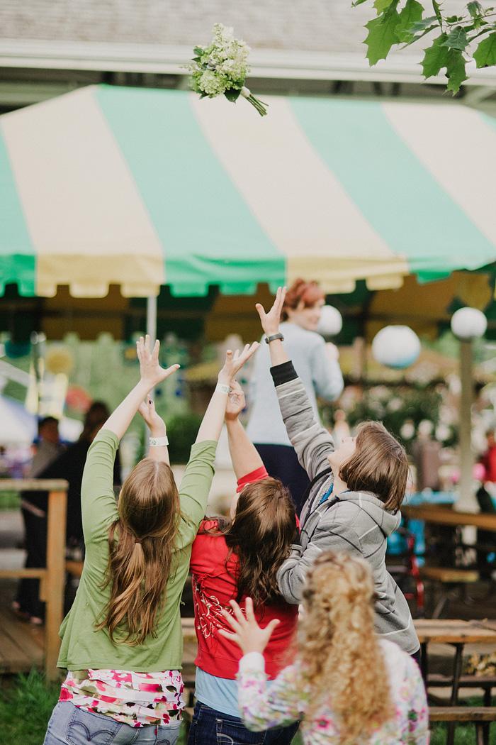 Oaks Amusement Park Wedding Reception - Bouquet Toss