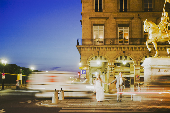 Paris Wedding Photographer - Bride and Groom in Traffic