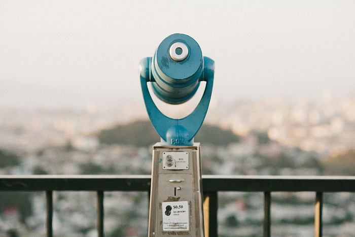 San Francisco Lifestyle Photographer - Vista Point Coin Op Binoculars