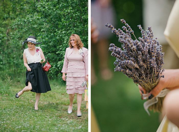 Redding Wedding Photographer - Guests Arriving
