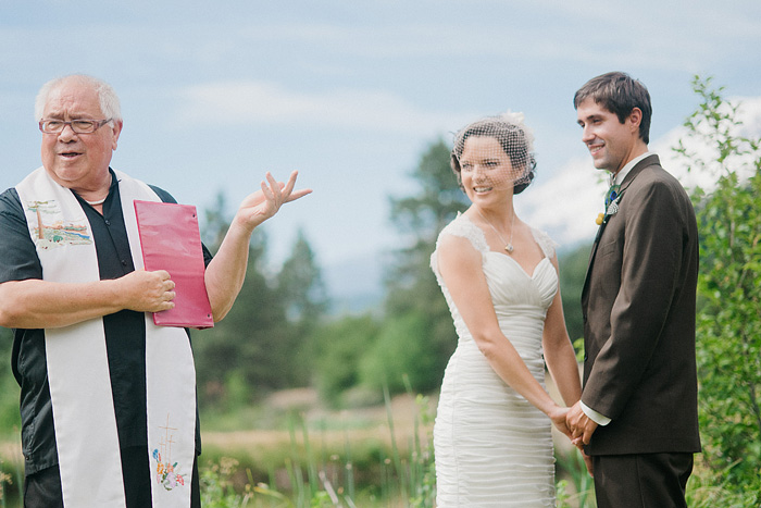 Redding Wedding Photographer - Mt Shasta Meadow