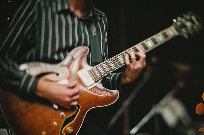 Mt Shasta Wedding Photographer - McCloud Mercantile Inn - Live Jazz Band