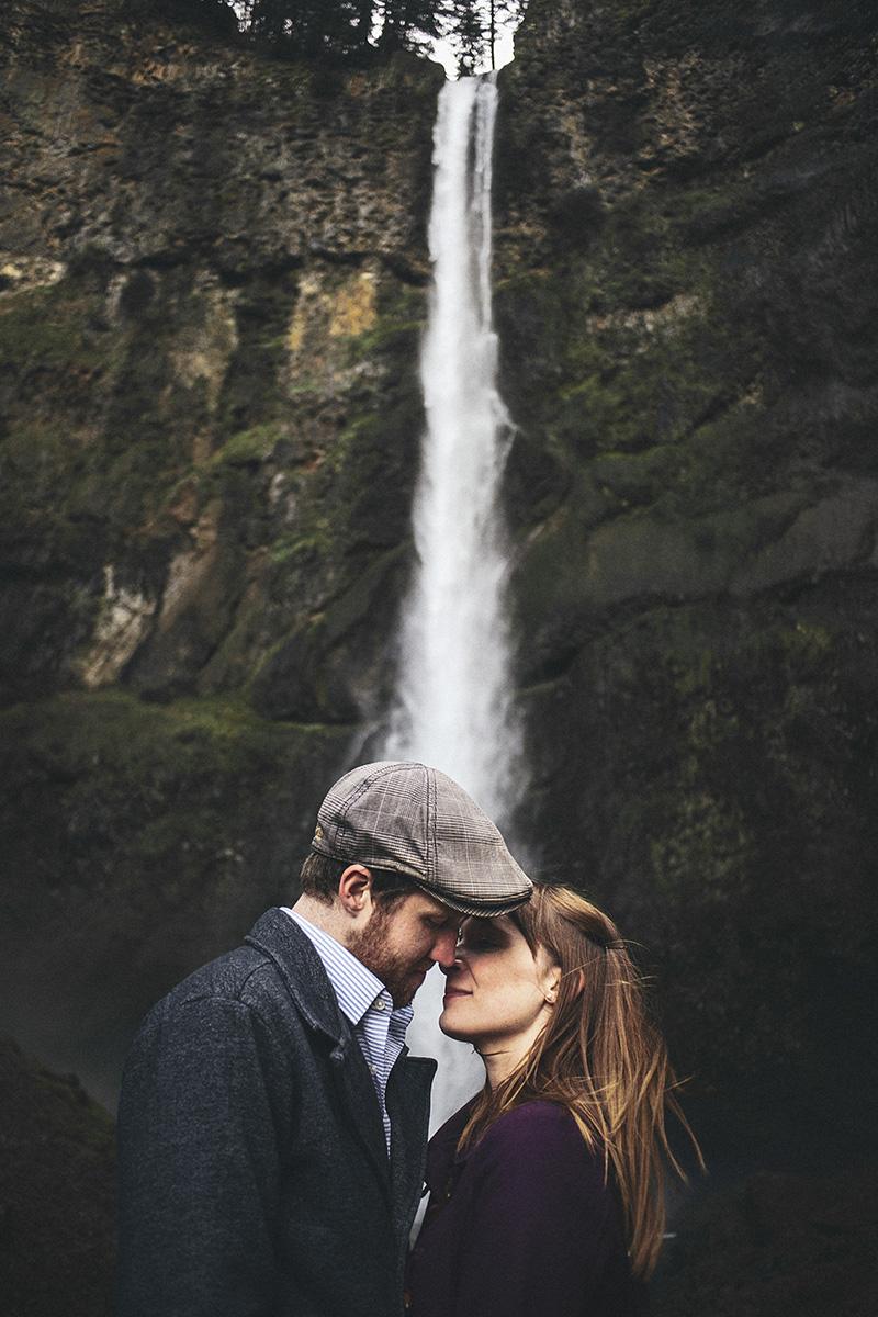 Portland Engagement Photographer - Karen & Josh kissing at Multnomah Falls