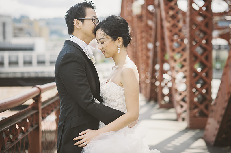 Oregon Wedding Photographer - Bride and Groom on the Broadway Bridge