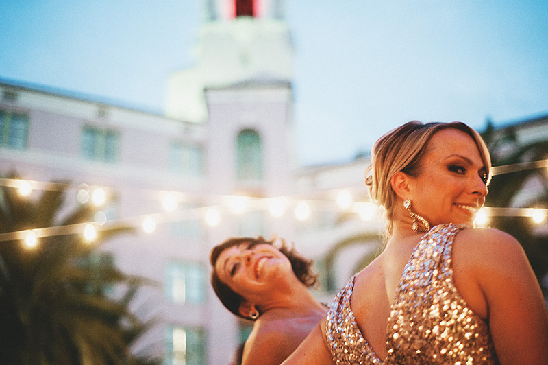 St Petersburg Wedding Photographer - Bridesmaids at the Vinoy Renaissance Hotel outdoor reception