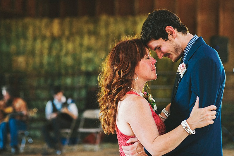 An emotional Mother/Son dance - Historic Kirchem Farm Wedding Photographer - Oregon City