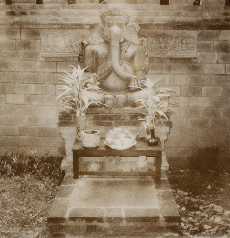 Ganesh statue at the Chiang Mai White House | SLR680 Polaroid