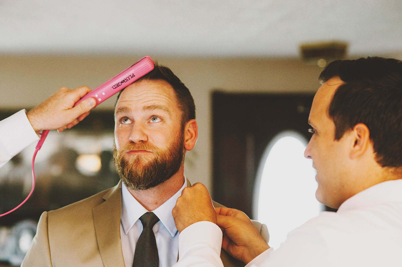 Groom getting ready | Cathedral Park Wedding