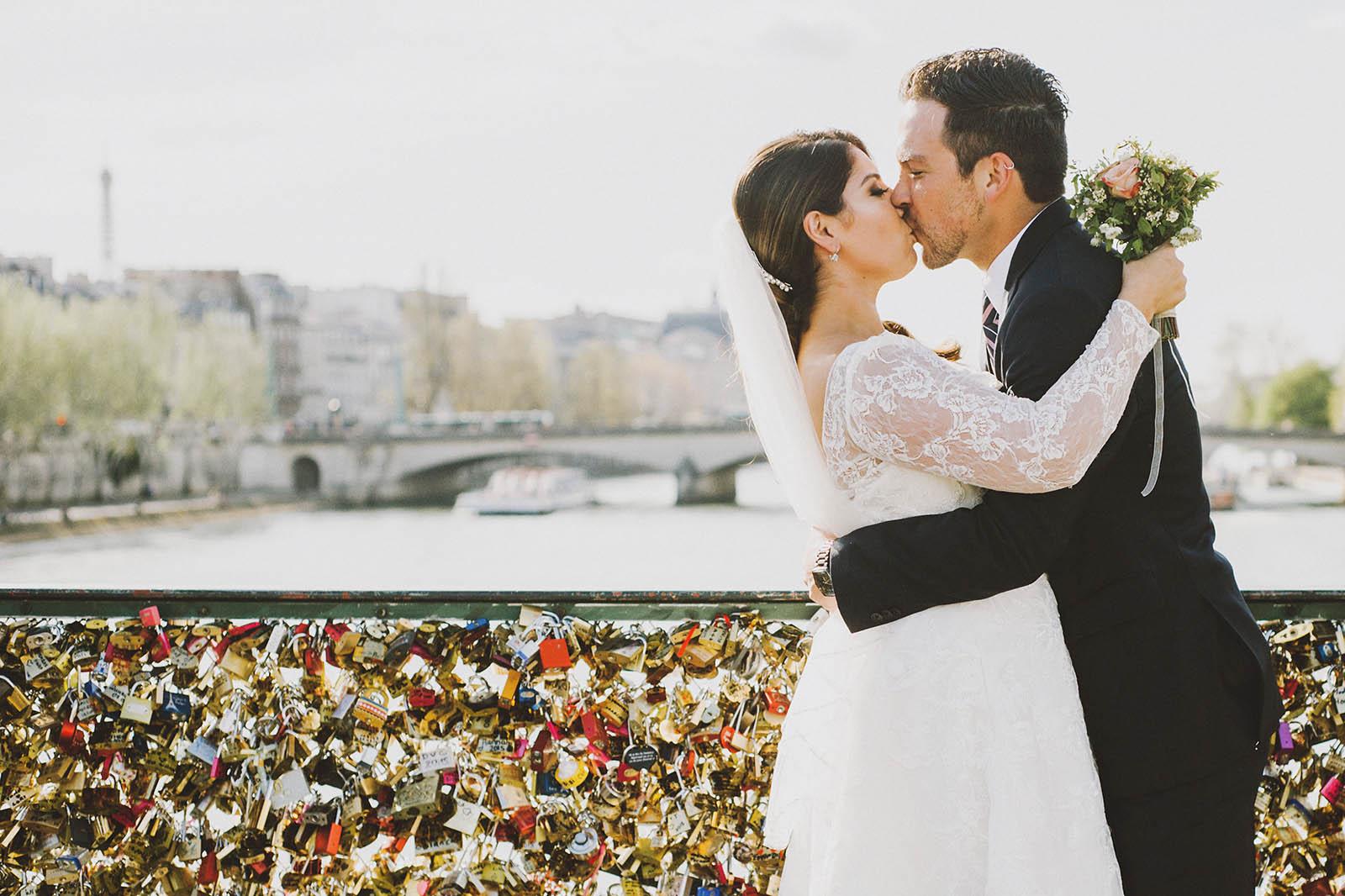 springtime-paris-elopement-kimsmithmiller-063