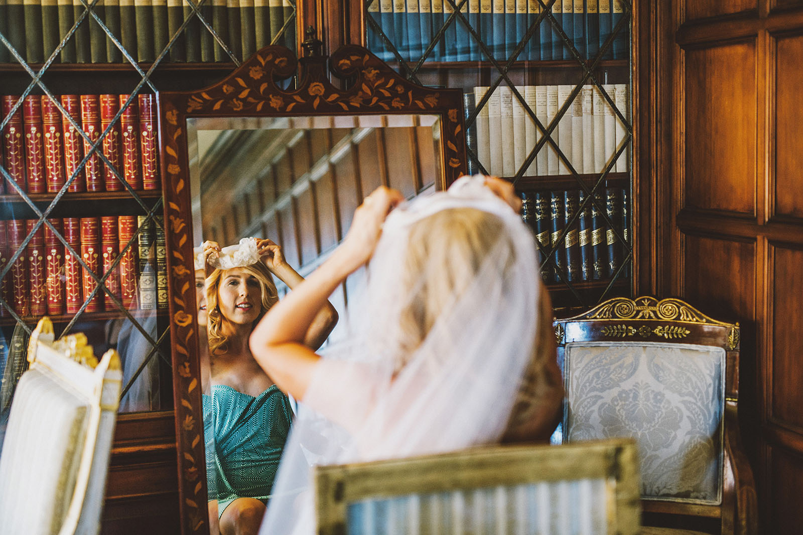 Bride putting on veil | Portland Town Club Wedding