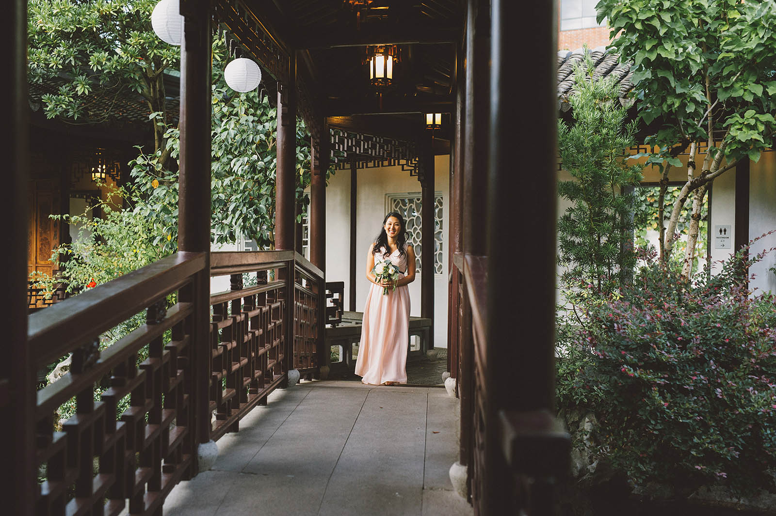 Diane Rick 39 S Lan Su Chinese Garden Wedding In Portland Or
