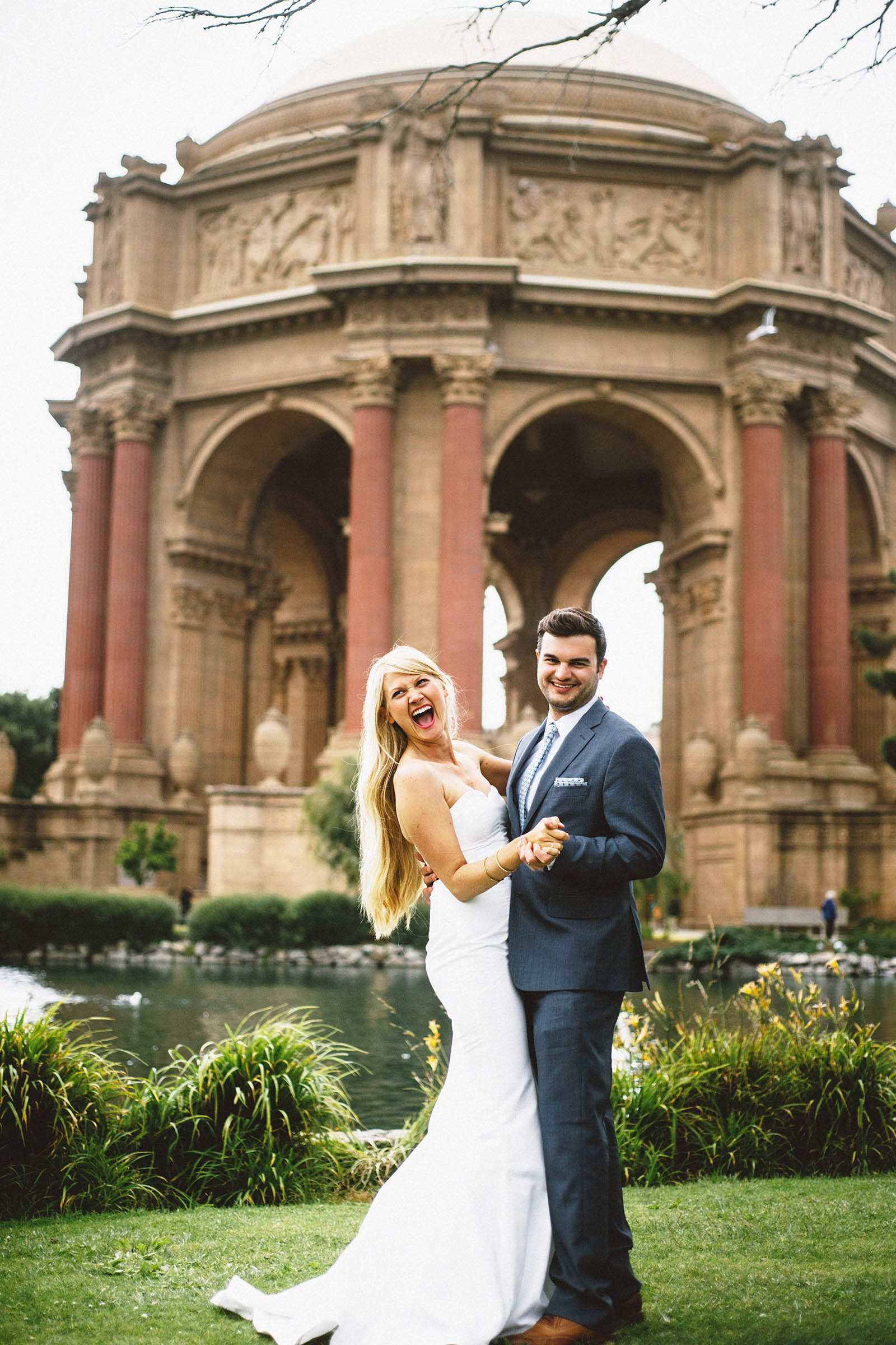 First dances at the Palace of Fine Arts | San Francisco City Hall Wedding