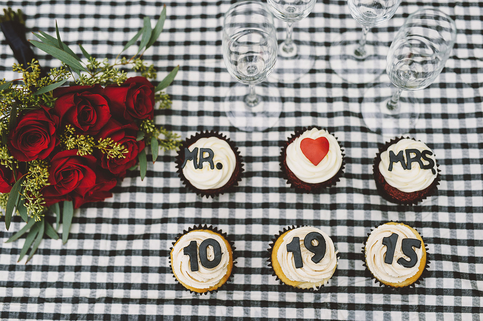 His and Hers Wedding Cupcakes | Portland Oregon Elopement