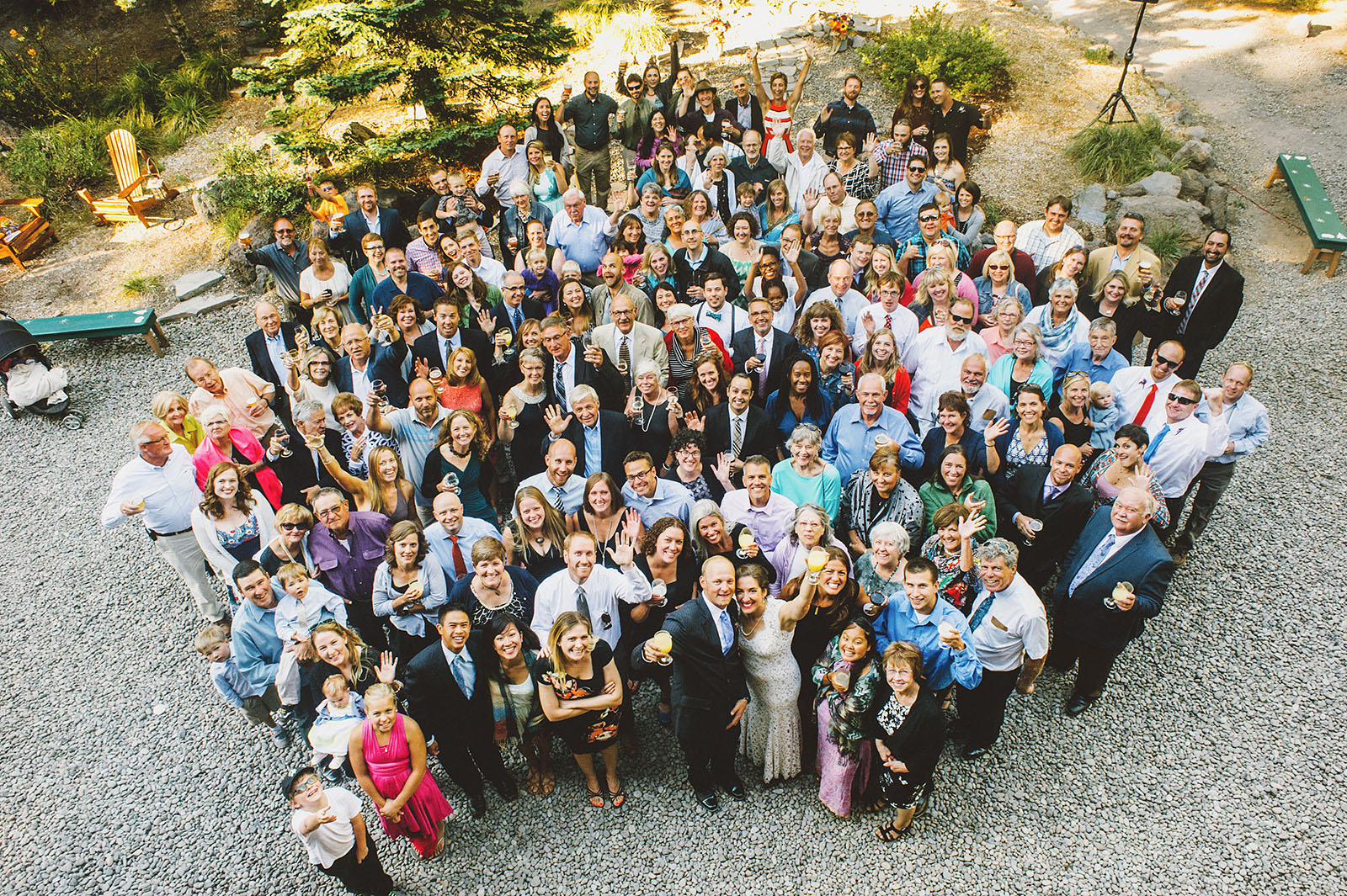 Group shot of all the wedding guests | Mazama Lodge Wedding