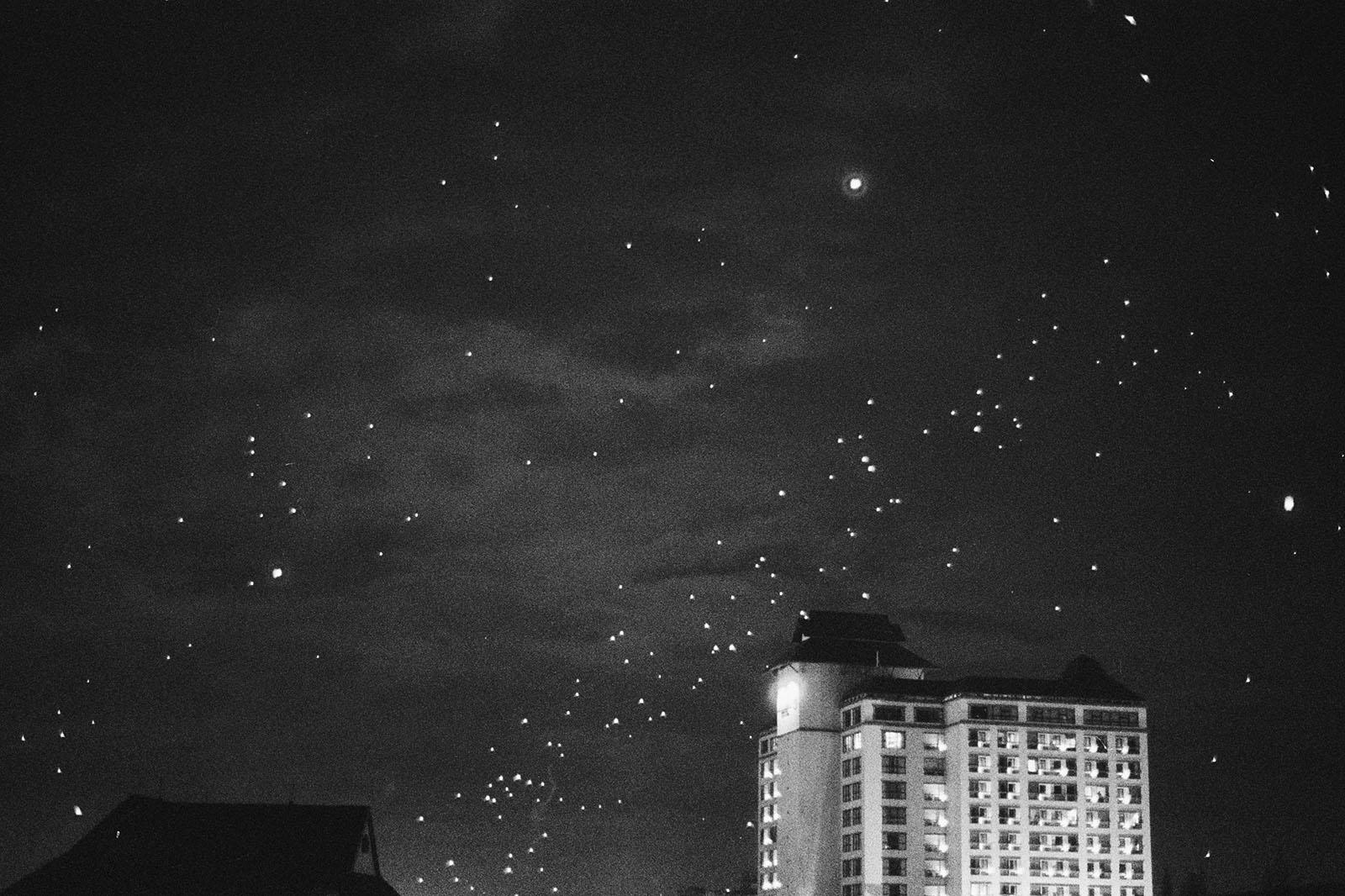 Wish Lanterns in the sky during Loi Krathong | Thailand Travel Photos