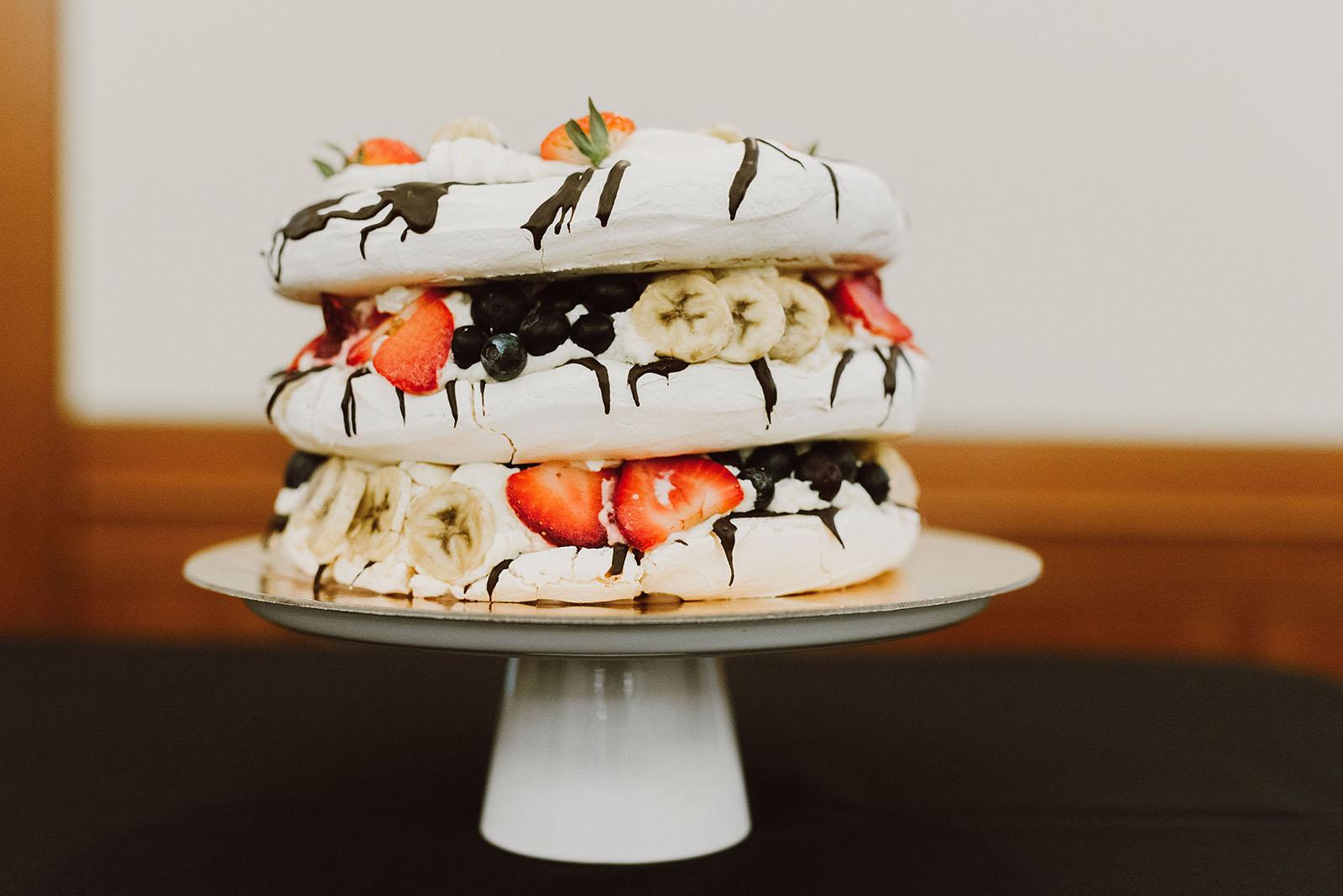 Congregation Beth Israel wedding cakes by Papa Haydn