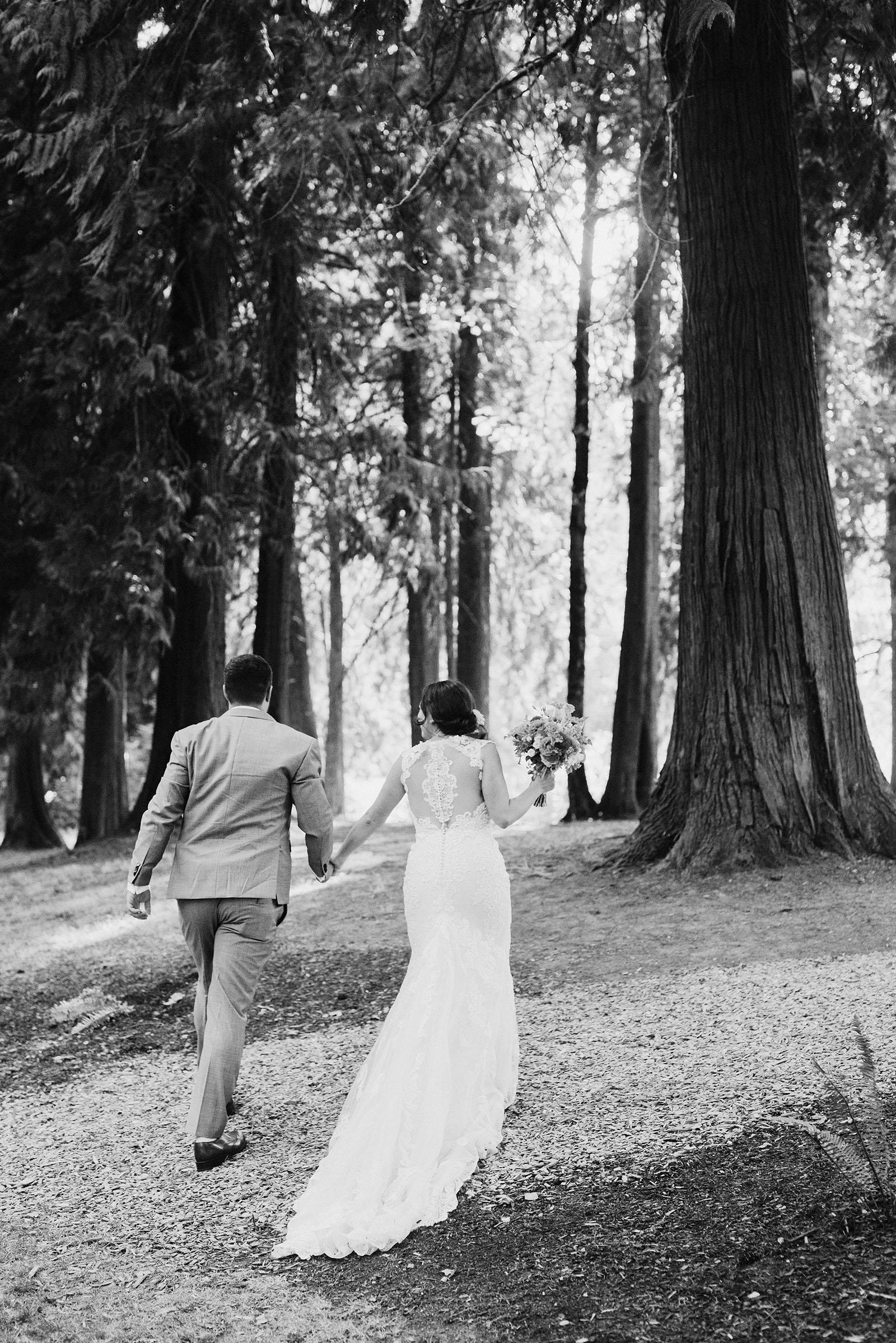 Cedarville Lodge Wedding In Gresham Or Audrey Nigel