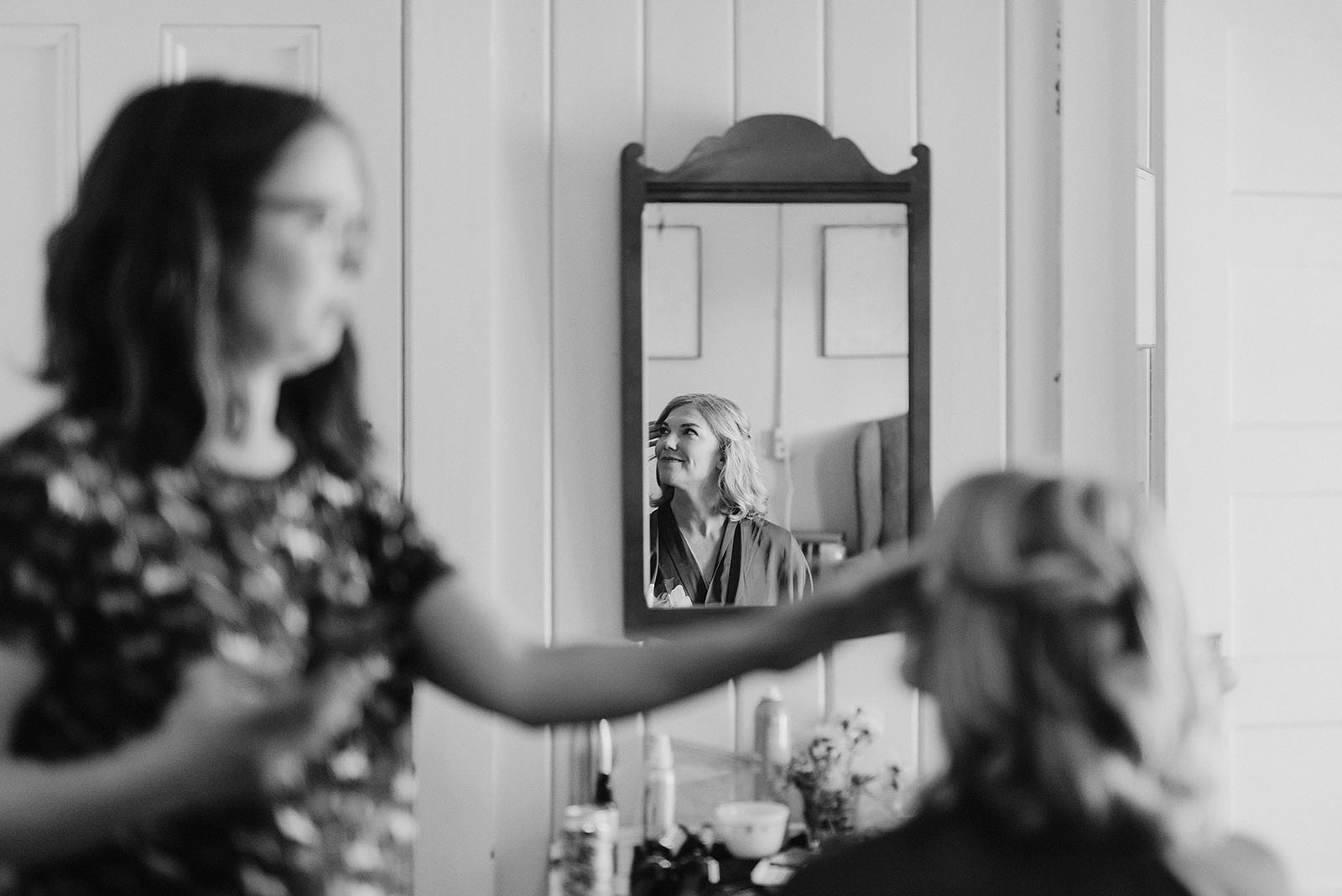Bride getting her hair done at a SouWester Wedding in Seaview, WA