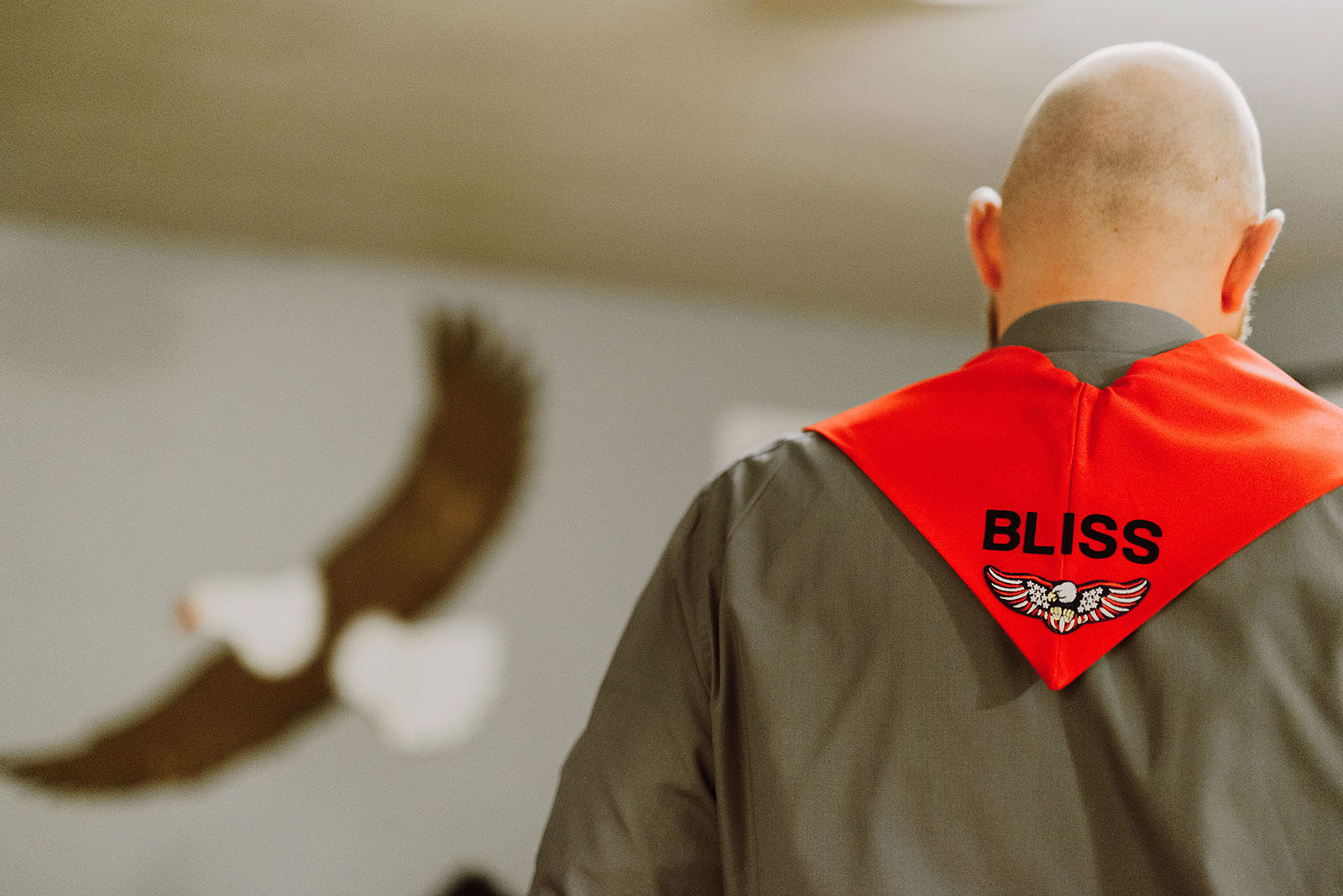 Officiant wearing custom Blazers sash at The Colony St Johns Wedding